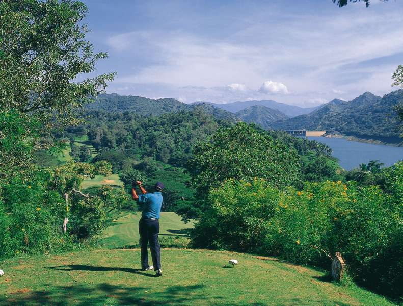 Victoria Golf Club in Kandy